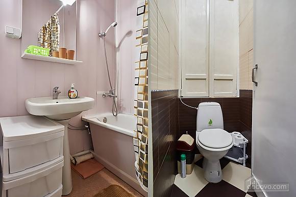 Уютная квартира возле Майдана, 2х-комнатная (56824), 014