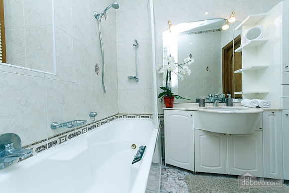 Apartment with Jacuzzi on Khreschatyk, Deux chambres (20740), 009