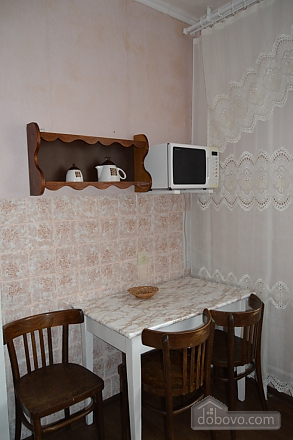 Wonderful apartment in 10 minutes from the center., Un chambre (27079), 010