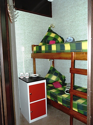 Place in double room for men, Studio, 001