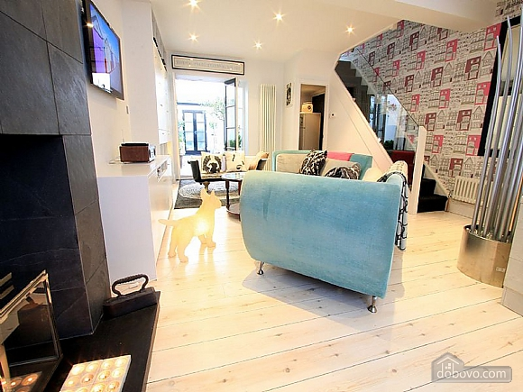 Superb penthouse in Cologne, Three Bedroom (29003), 006