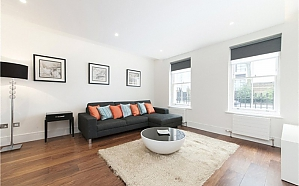 Grosvenor Road flat in London, Trois chambres, 003