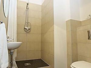 Апартаменти в Берліні, 5-кімнатна, 002