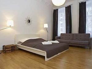 Апартаменти в Берліні, 5-кімнатна, 001