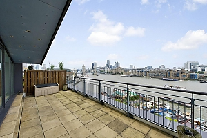 Superb flat near London Tower Bridge, Quatre chambres, 004