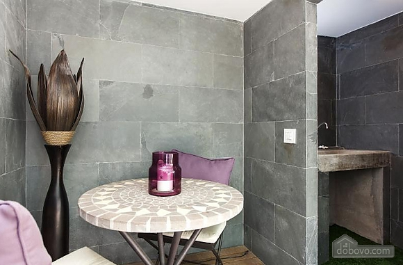 Awesome city center apartment with terrace in Barcelona, Cinq chambres (87204), 003