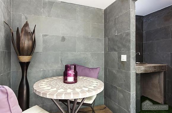Прекрасные апартаменты с террасой в центре Барселоны, 6ти-комнатная (87204), 003