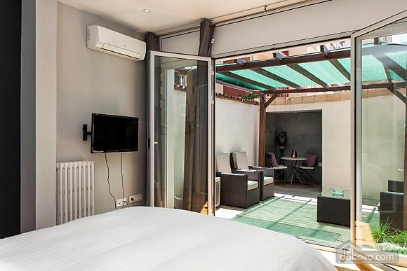 Awesome city center apartment with terrace in Barcelona, Cinq chambres (87204), 002