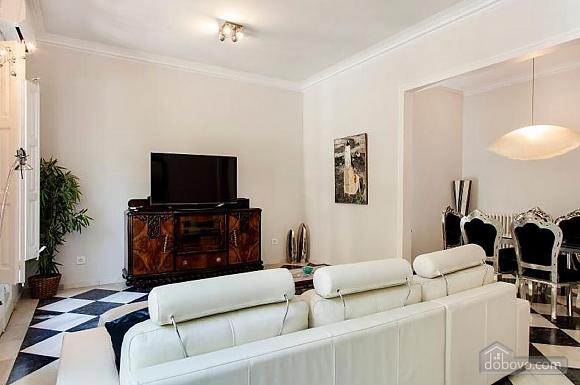 Прекрасные апартаменты с террасой в центре Барселоны, 6ти-комнатная (87204), 005