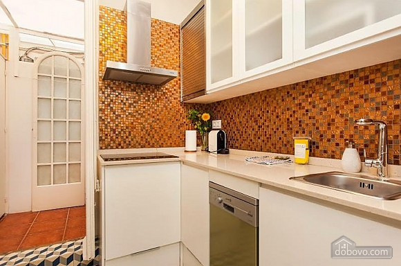 Awesome city center apartment with terrace in Barcelona, Cinq chambres (87204), 006