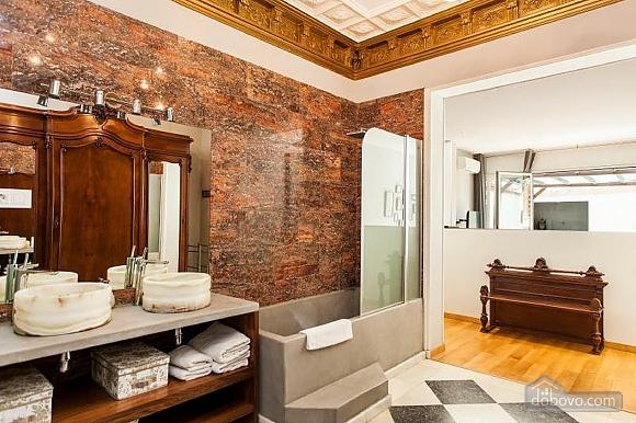Прекрасные апартаменты с террасой в центре Барселоны, 6ти-комнатная (87204), 007