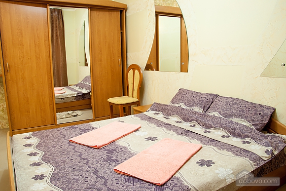 Apartment in the city center, One Bedroom (29977), 001