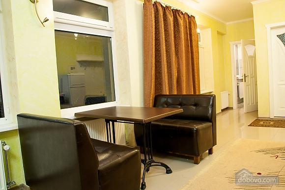 Apartment in the city center, One Bedroom (29977), 006
