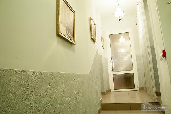 Apartment in the city center, Una Camera (29977), 013