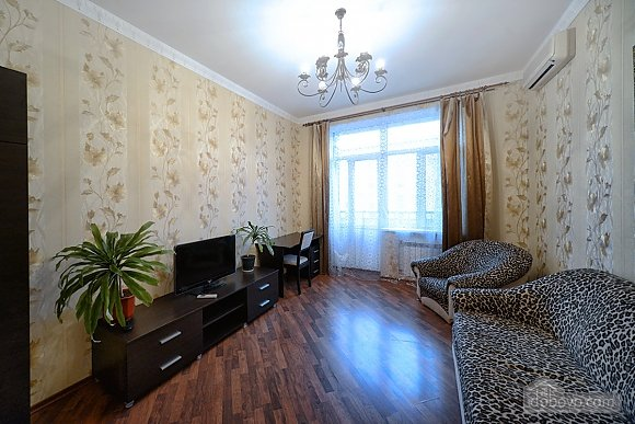 Renovated apartment in the heart of the city, Una Camera (93925), 001