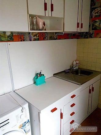 Budget apartment near Olimpiiskyi Gulliver, Studio (26831), 005