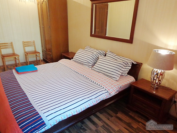 Center Khreschatyk Apartment with separate bedrooms, Un chambre (90849), 009