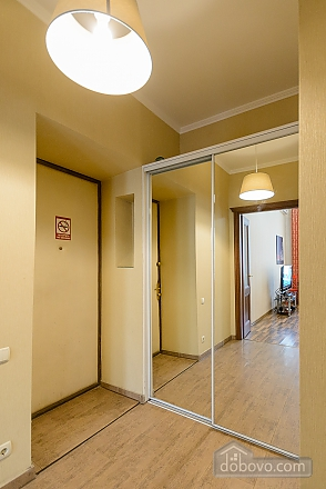 Center Khreschatyk Apartment with separate bedrooms, Un chambre (90849), 017