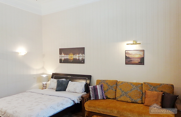 Center Khreschatyk Apartment with separate bedrooms, Un chambre (90849), 014
