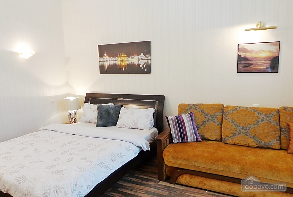 Center Khreschatyk Apartment with separate bedrooms, Un chambre (90849), 011