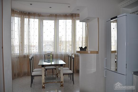 Designer spacious apartment, Trois chambres (53704), 002
