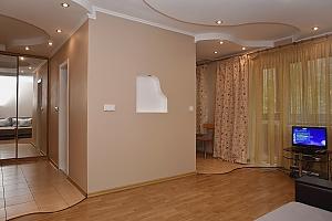 Квартира в центрі, 2-кімнатна, 003