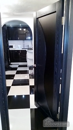 Yuliya apartment with author new renovation in black and white colors, Due Camere (84997), 025