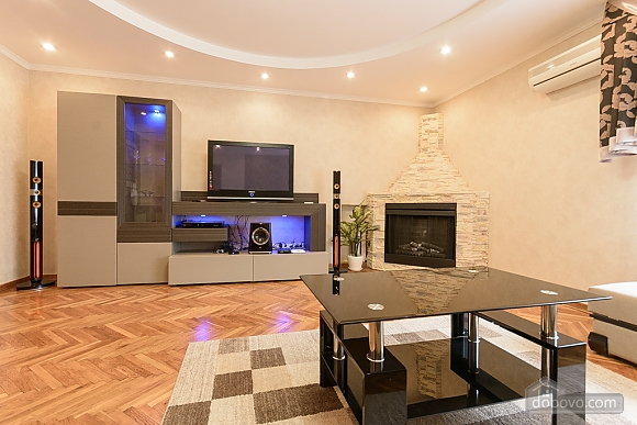 Apartment with a fireplace, One Bedroom (29019), 014