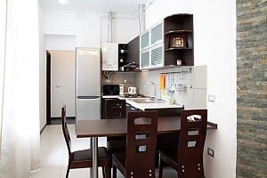 Apartment in the hi-tech style near the Opera theatre, Dreizimmerwohnung, 002