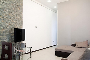 Apartment in the hi-tech style near the Opera theatre, Dreizimmerwohnung, 003