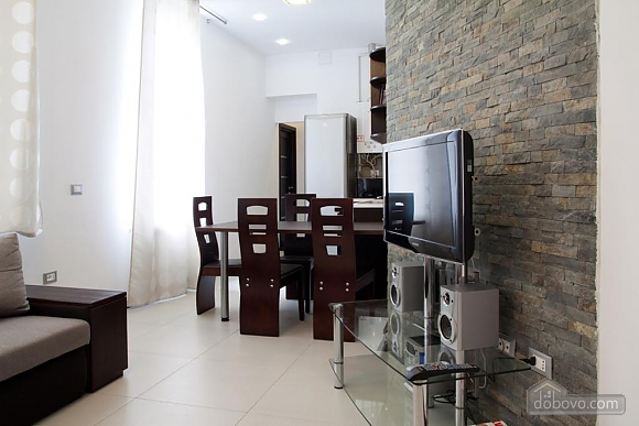 Apartment in the hi-tech style near the Opera theatre, Deux chambres (69155), 011