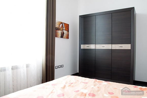 Apartment in the hi-tech style near the Opera theatre, Deux chambres (69155), 017