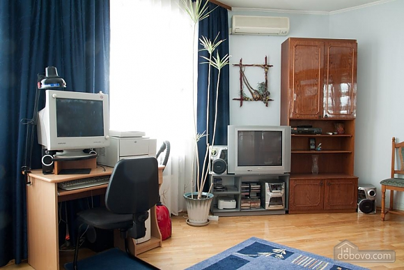 Comfortable apartment in the center of Lviv, Studio (54366), 002