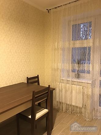 Шикарні апартаменти, 1-кімнатна (23370), 007