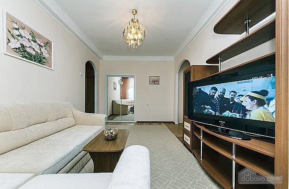 Затишна квартира біля метро, 2-кімнатна (67273), 006