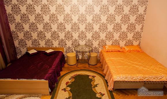 Apartment in the city center, Studio (46394), 003