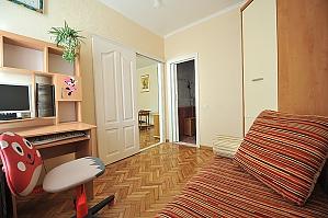 Комфортні апартаменти в центрі, 2-кімнатна, 004