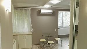 Apartment on Obolon, Studio, 002