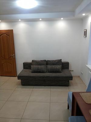 Cozy apartment near Politekhnichnyi Instytut metro station, Due Camere, 002