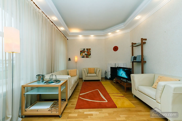 VIP apartment on Maidan in the historical part of the city, Three Bedroom (63225), 015
