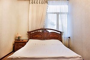 Apartment on Khreschatyk, Two Bedroom, 001