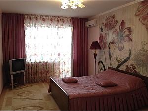 Квартира на Намиві, 1-кімнатна, 001
