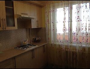 Квартира на Намиві, 1-кімнатна, 002