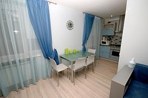 Квартира в центральній частині міста, 2-кімнатна, 003