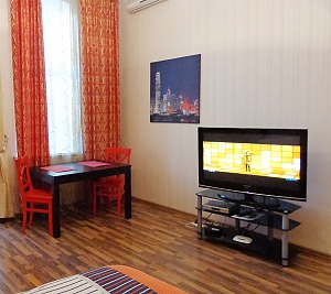 Center Khreschatyk Apartment with separate bedrooms, One Bedroom, 004