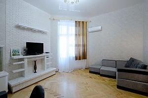 Ексклюзивна дизайнерська квартира в 400 м від Майдану, 1-кімнатна, 001