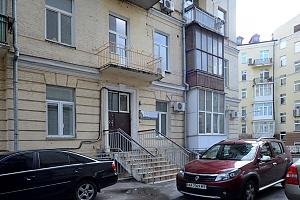Ексклюзивна дизайнерська квартира в 400 м від Майдану, 1-кімнатна, 013