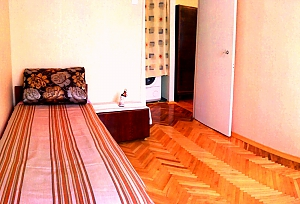Затишна квартира в Києві, 2-кімнатна, 003