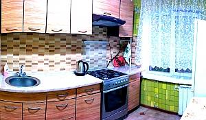 Затишна квартира в Києві, 2-кімнатна, 004