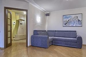 Apartment on Novopecherski Lypky (Druzhby Narodiv), Un chambre, 002
